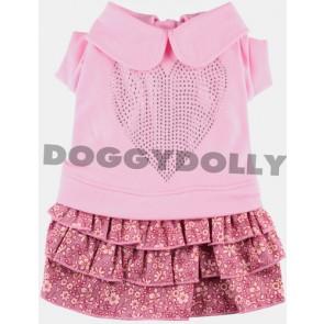 Vestido rosa con corona de pedrería